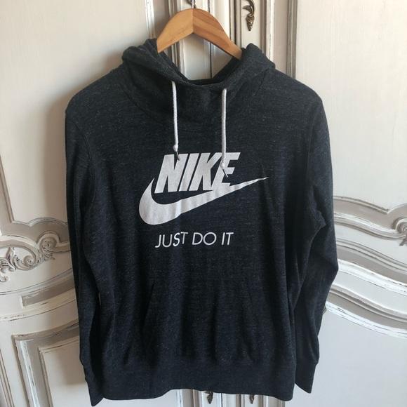 a84ba04bfff9 Nike hoodie. M 5c8d109e45c8b3cb7372ec24